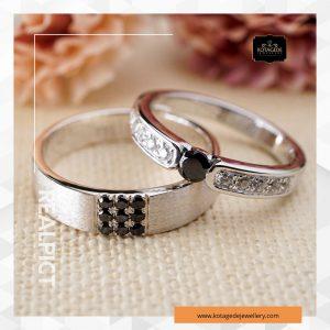 Jual cincin nikah emas dengan berbagai model