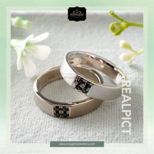 model cincin tunangan emas 2